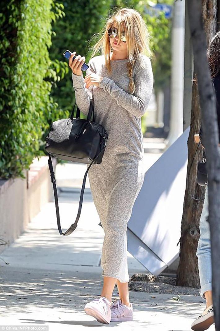 Gigi Hadid Style Fashion Street style7