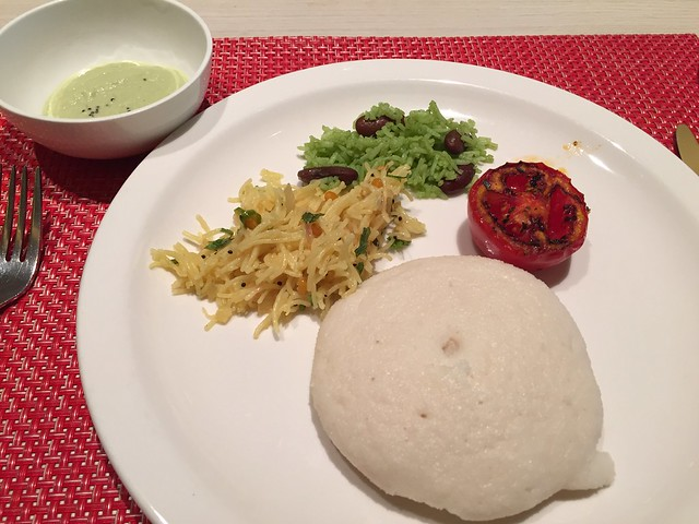 Semiya Bhat/Green Arroz/Idli/Roasted Tomato