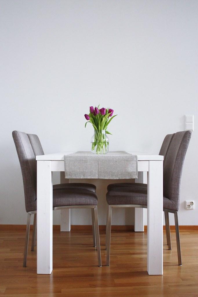 pöytä8