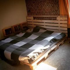 Ça prend forme... #bedroom #pallet #bed #diy #instagood #photooftheday #picoftheday #webstagram #iphonography #igersbelgium #igers