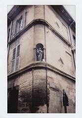 Avignon Corner