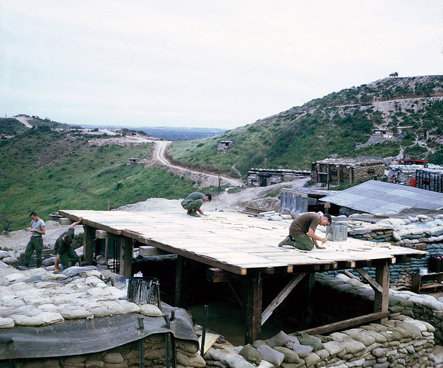 Building FDC Bunker on LZ Liz - Photo by Steve Eckloff 1967-68