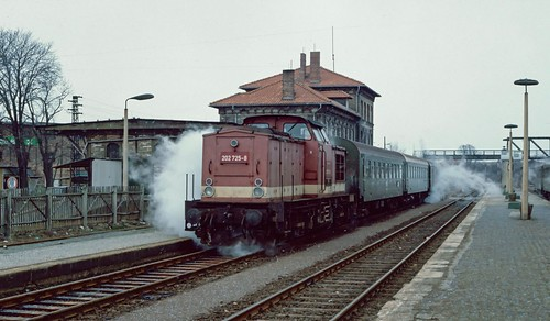 202 725 at Querfurt, Germany.