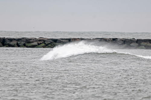 Inlet Wave