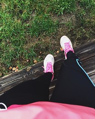 02.02.16 • sport...à défaut de yoga, en raison d'une xxxxxx de circulation qui m'a donné une rage terrible, je suis allée courir. Au bout de 10 minutes, il s'est mis à pleuvoir...grrrrrr...j'ai continué et j'ai trouvé mon rythme et j'ai fait mes 10kms en