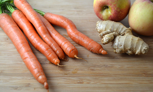 Carrot-Apple-Ginger-Juice-Ingredients