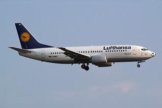 """Lufthansa Boeing 737-330 D-ABET """"Gelsenkirchen"""" soccer nose"""