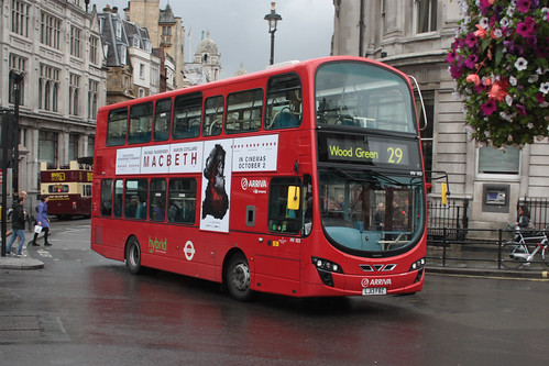 Arriva London North HV103 LJ13FBZ