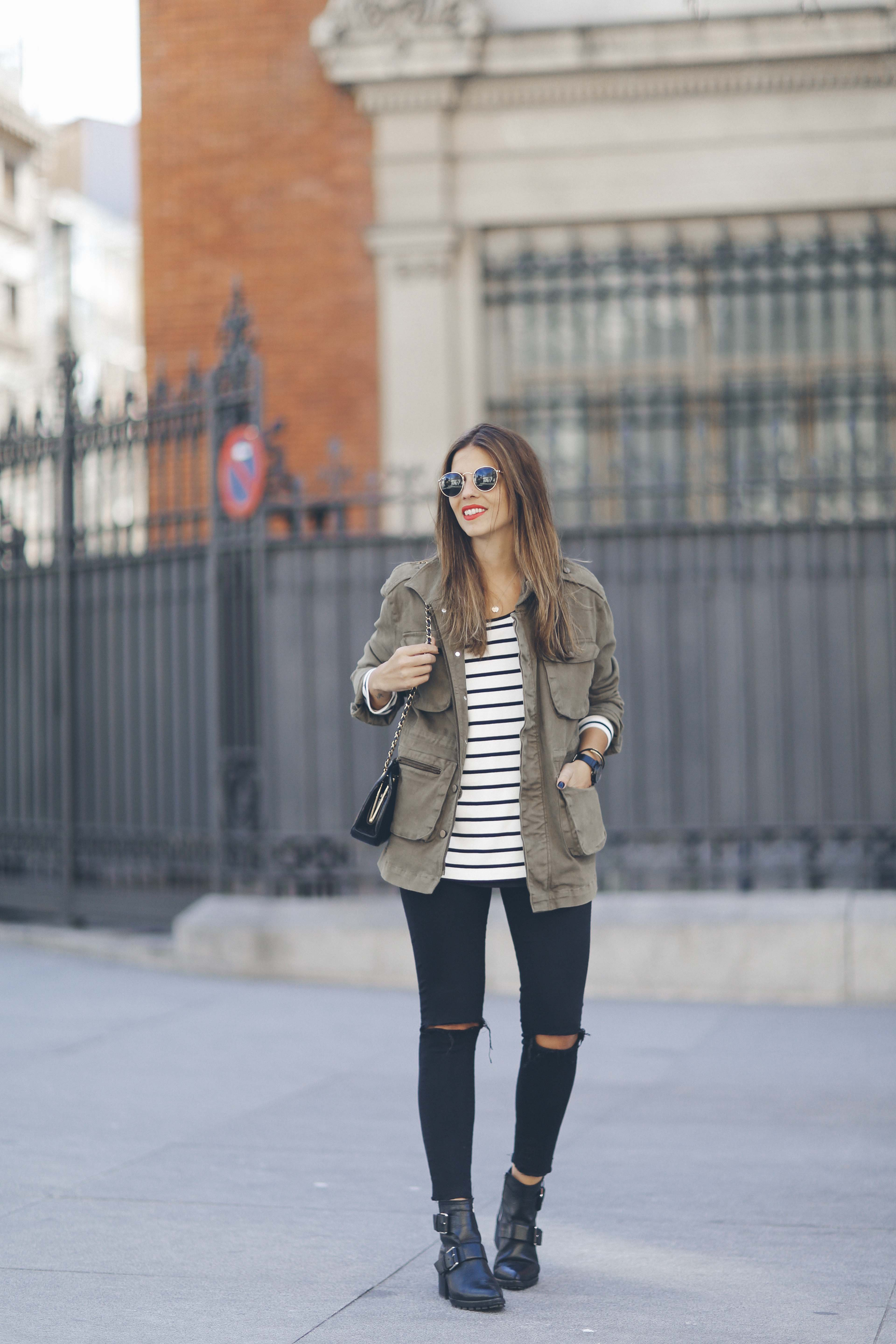 look-outfit-parka-jeans-rayas-zara-chanel-botas-anine_bing-spring-primavera_1