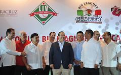 El gobernador Javier Duarte se reunió con integrantes de la agrupación de beisbolistas Big Leaguers 3