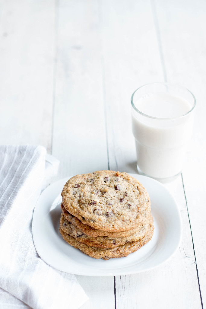 Chocolate Chip Cookies // Dates + Almond Flour