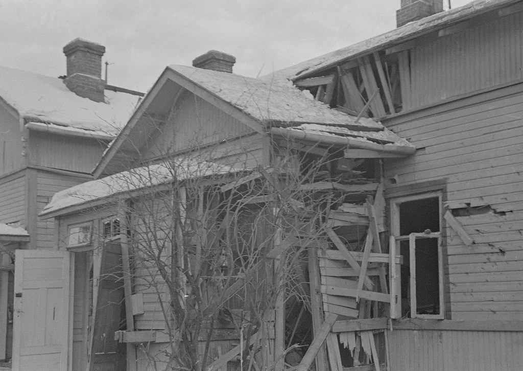 Последствия бомбёжек 1940.01.20 010
