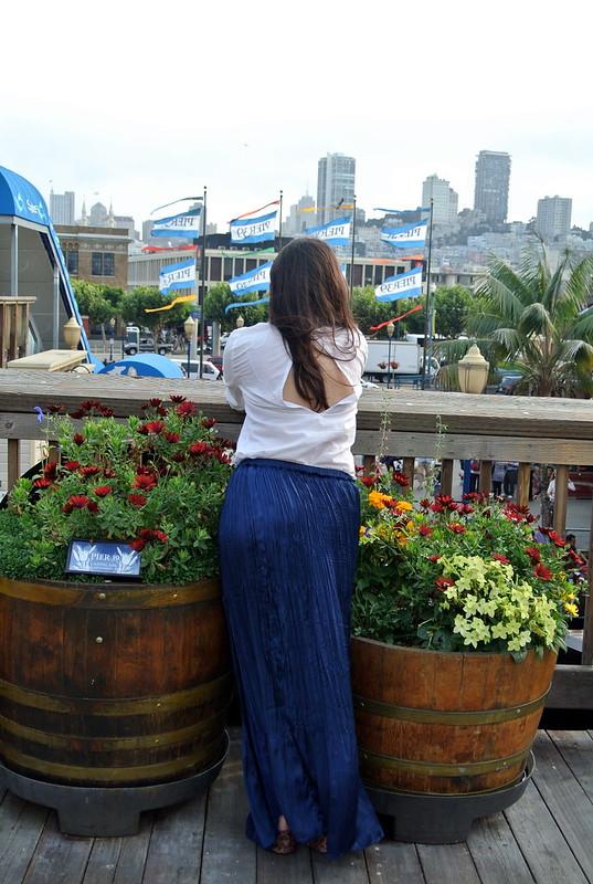 Falda larga, camisa blanca y maxi bolso #JFashionblog