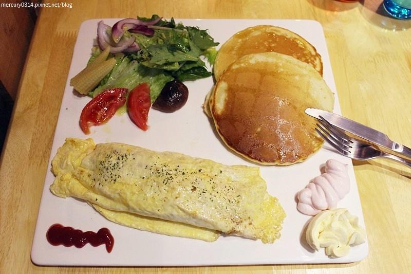 24105796869 efaf05f554 b - 熱血採訪|台中西屯【饞Greedy brunch 輕食早午餐、下午茶】 (已歇業)