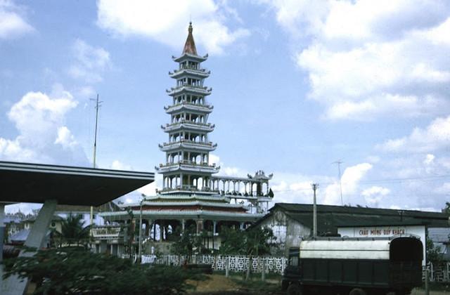 Saigon Pagoda, c.1970 - Photo by Brad