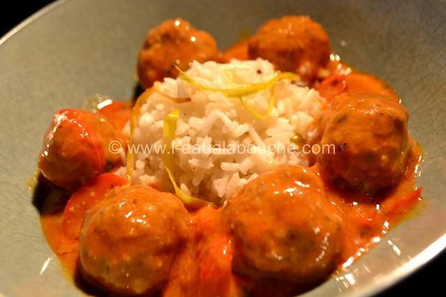Boulettes de Viande au Curry Rouge Riz aux Poireaux © Ana Luthi Tous droits réservés 22