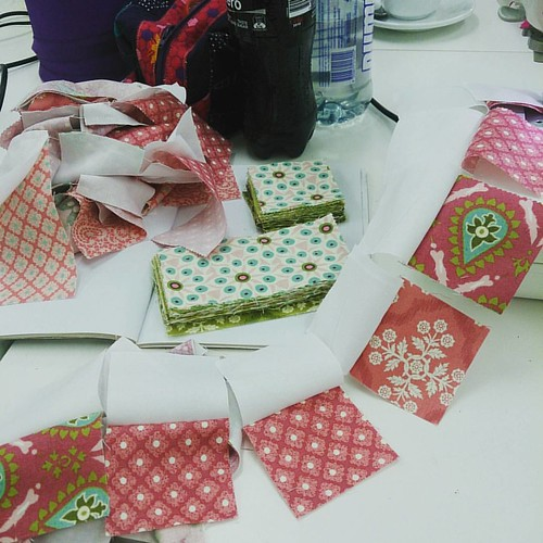 At the @sydmodsquad sew-in. Chain piecing is the best! #helloluscious #basicgreyfabric #modafabric