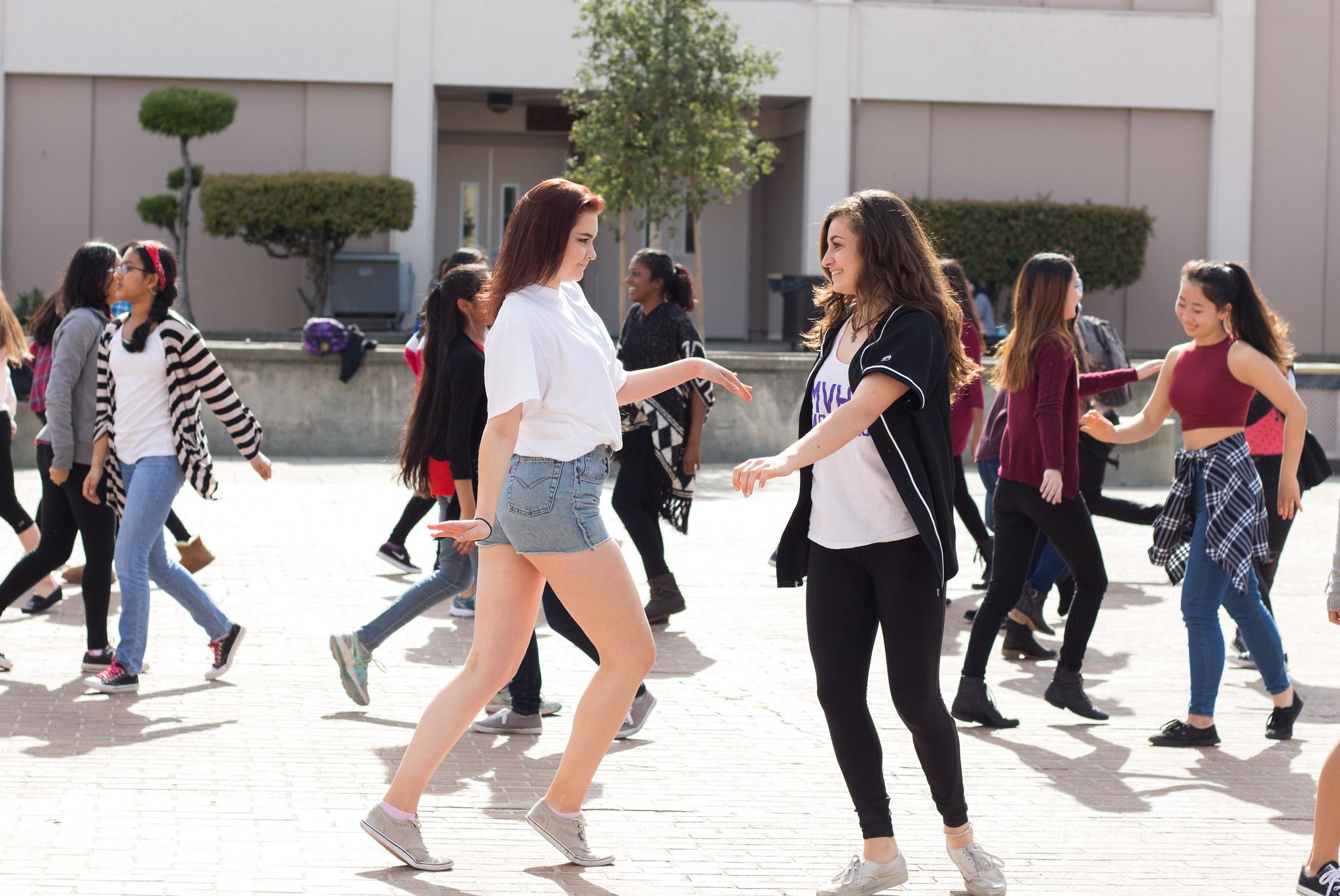 Valentine's Day - Flash Mob