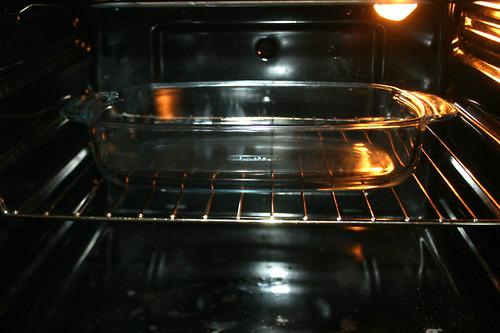 25 - Ofen mit Auflaufform vorheizen / Reheat oven with casserole