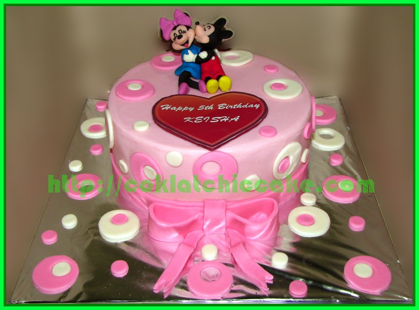 Cake Mickey Mouse dan Minnie Mouse