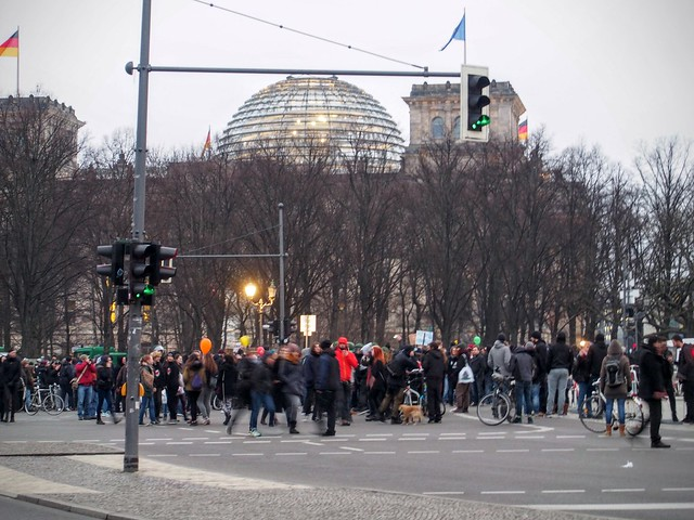 Demonstration outside the Reichstag
