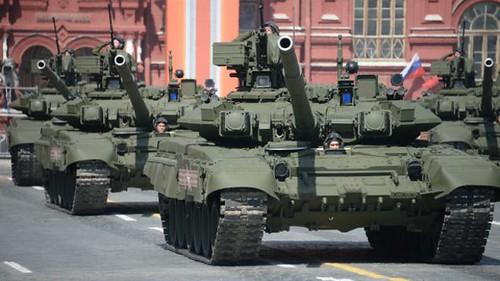 Військові витрати у світі знову зростають
