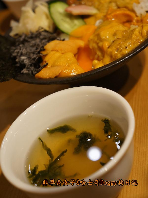日本築地市場海膽蓋飯30