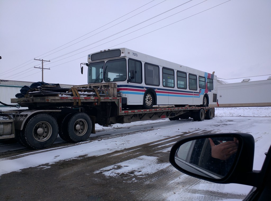 Calgary Transit 7573
