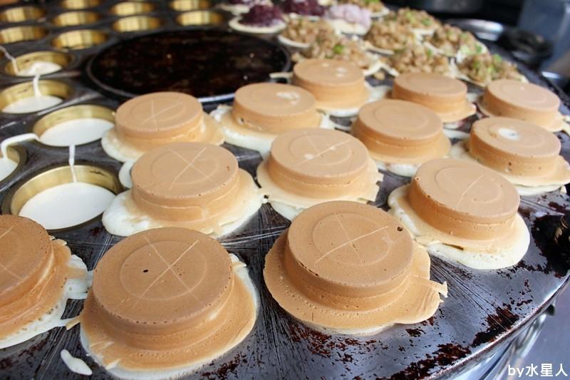 26087260015 805efa6b89 b - 台中西屯【學甲人車輪餅】酥脆餅皮,實在好料的車輪餅,內餡好吃不甜膩,簡單幸福的下午茶點心