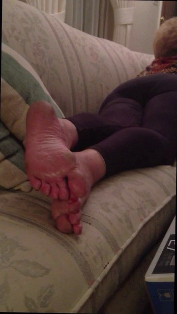Flickriver Most Interesting Photos From Mature Women Feet Of Flickr Familys Pics -9378