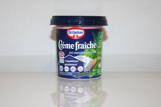04 - Zutat Creme fraiche mit Kräuter / Ingredient creme fraiche with herbs