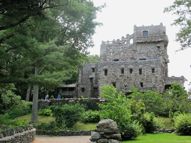 Approaching Gillette Castle