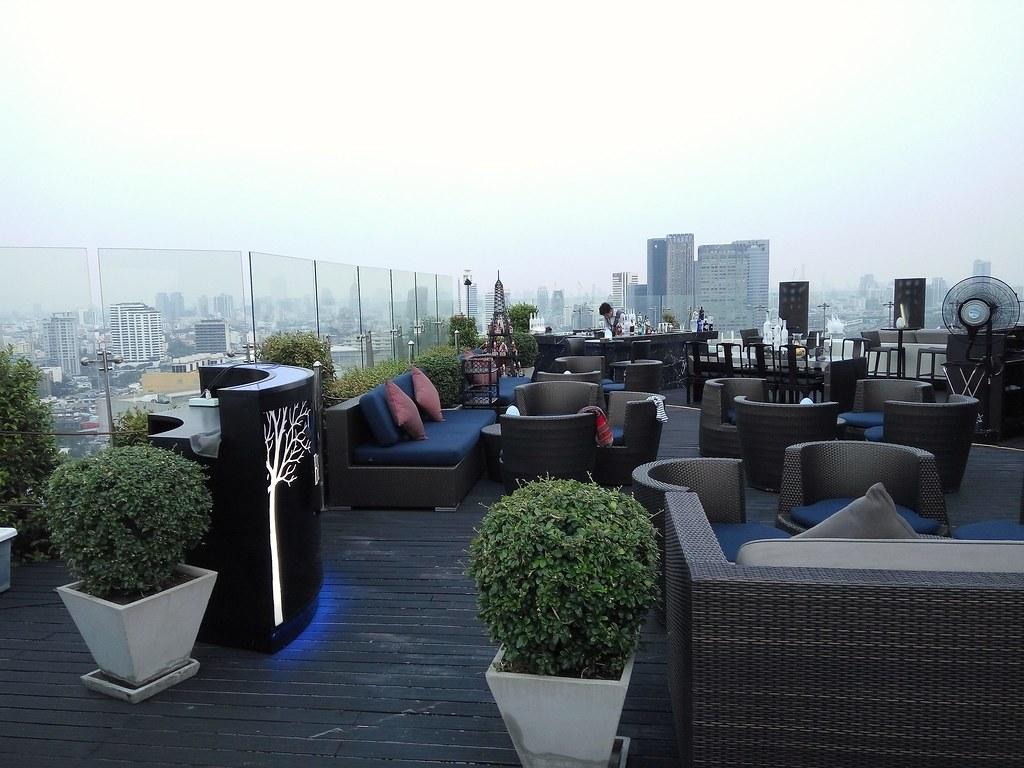 Blue Sky Bar at Centara Hotel