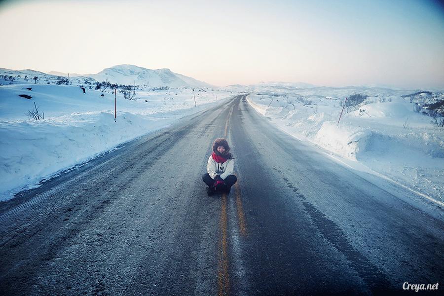2016.02.23▐ 看我歐行腿 ▐ 阿呀~一不小心就從瑞典到了挪威, Narvik 小鎮遇見地理課本中的峽灣 17.jpg