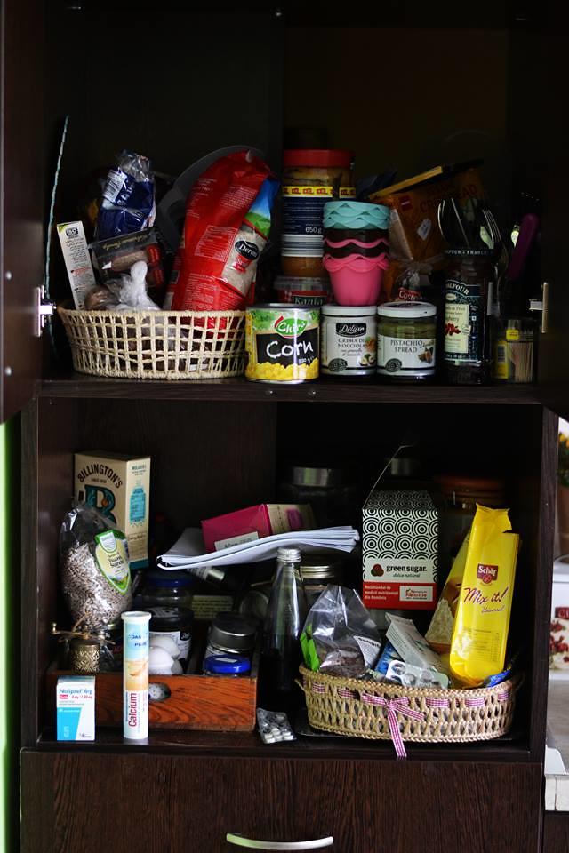 organizarea dulapurilor din bucatarie
