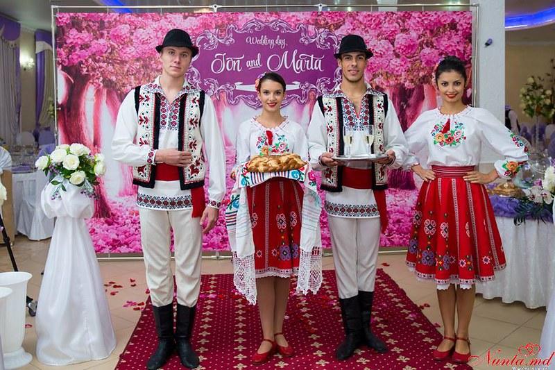 Joc Moldovenesc! Dansatori pentru orice Eveniment > Foto din galeria `Principala`