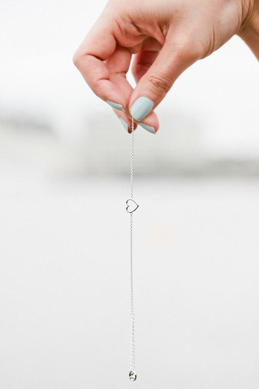 {mejuri heart bracelet giveaway} via chevrons & éclairs