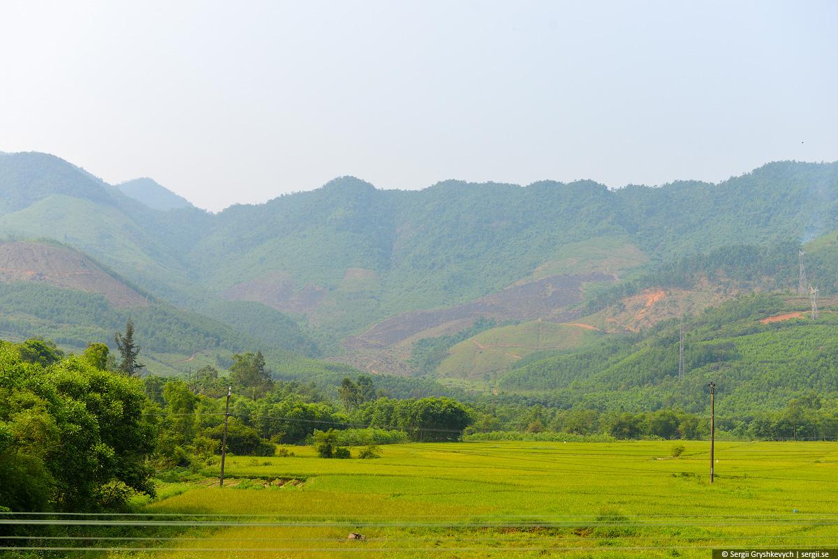 vietnam_reunification_express_train-25