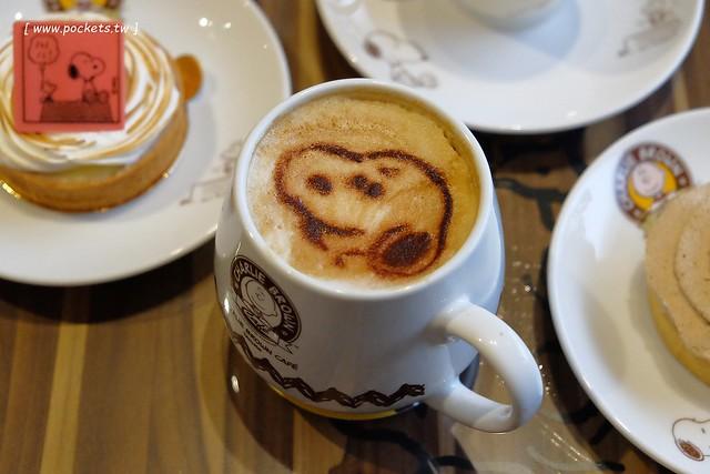 25490458046 de8c183283 z - 【台中西屯】查理布朗咖啡.Charlie Brown Cafe:位於秋紅谷正對面鄰近朝馬車站,環境很漂亮也很好拍,餐點可愛觀賞性大於美味性