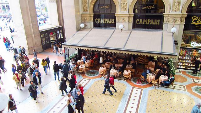 Il Mercato Del Duomo Milano - Campari view inside Galleria Vittorio Emanuele