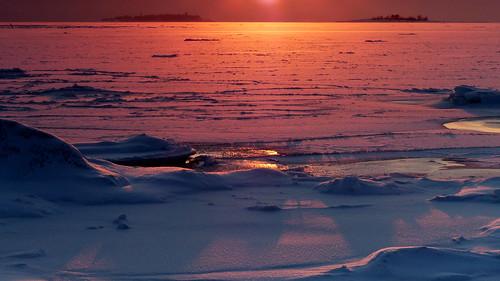 winter sunset snow finland geotagged helsinki january helsingfors fin lauttasaari 2016 uusimaa nyland 201601 ulkohattu 20160116 yttrehatten geo:lat=6014069950 geo:lon=2488958182