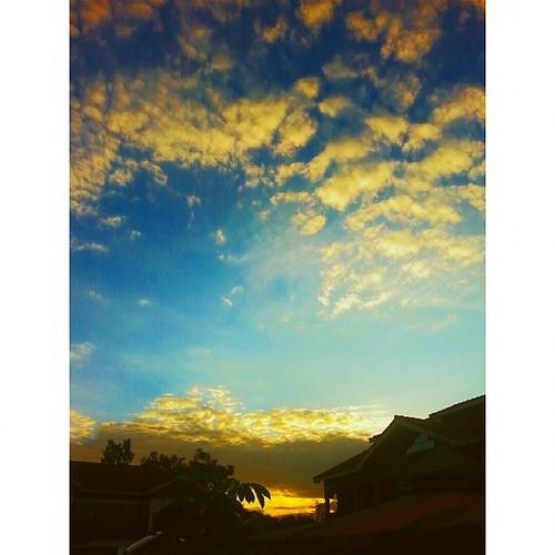 sunset vsco magicalkenya vscocam uploaded:by=flickstagram igkenya whyilovekenya seekenya instagram:photo=873938274963221162227669921 instagram:venuename=miremadrive instagram:venue=263326948