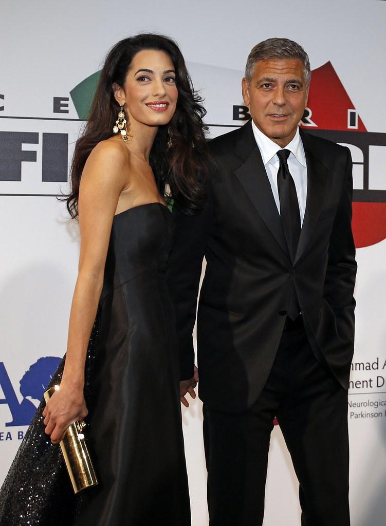 Фото Джорджа Клуни с женой