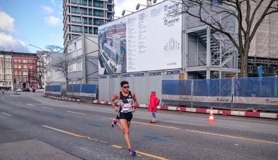 Homoláč zaběhl v Hamburku maraton za 2:16:55