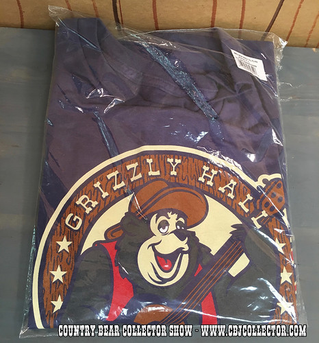 2016 Disney March Magic Grizzly Hall Players Shirt - Country Bear Jamboree Collector Show #044