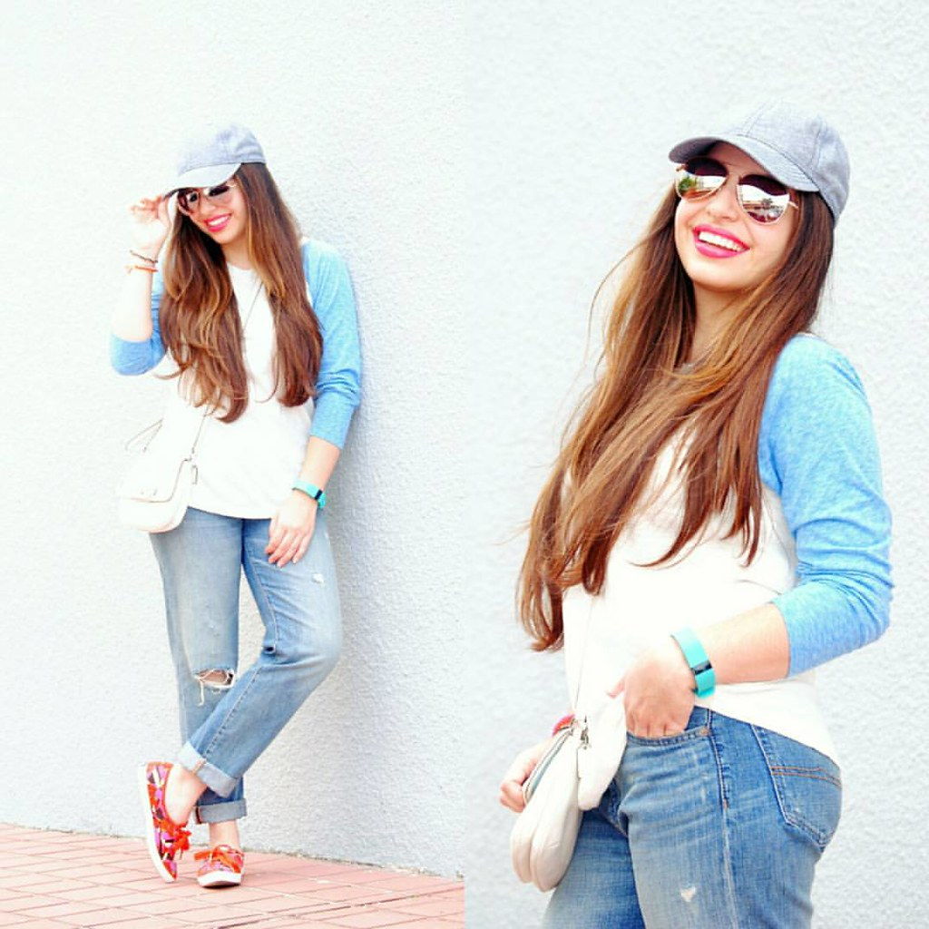 This baseball-inspired weekend outfit is on the blog today. 💙 #Earnestyle