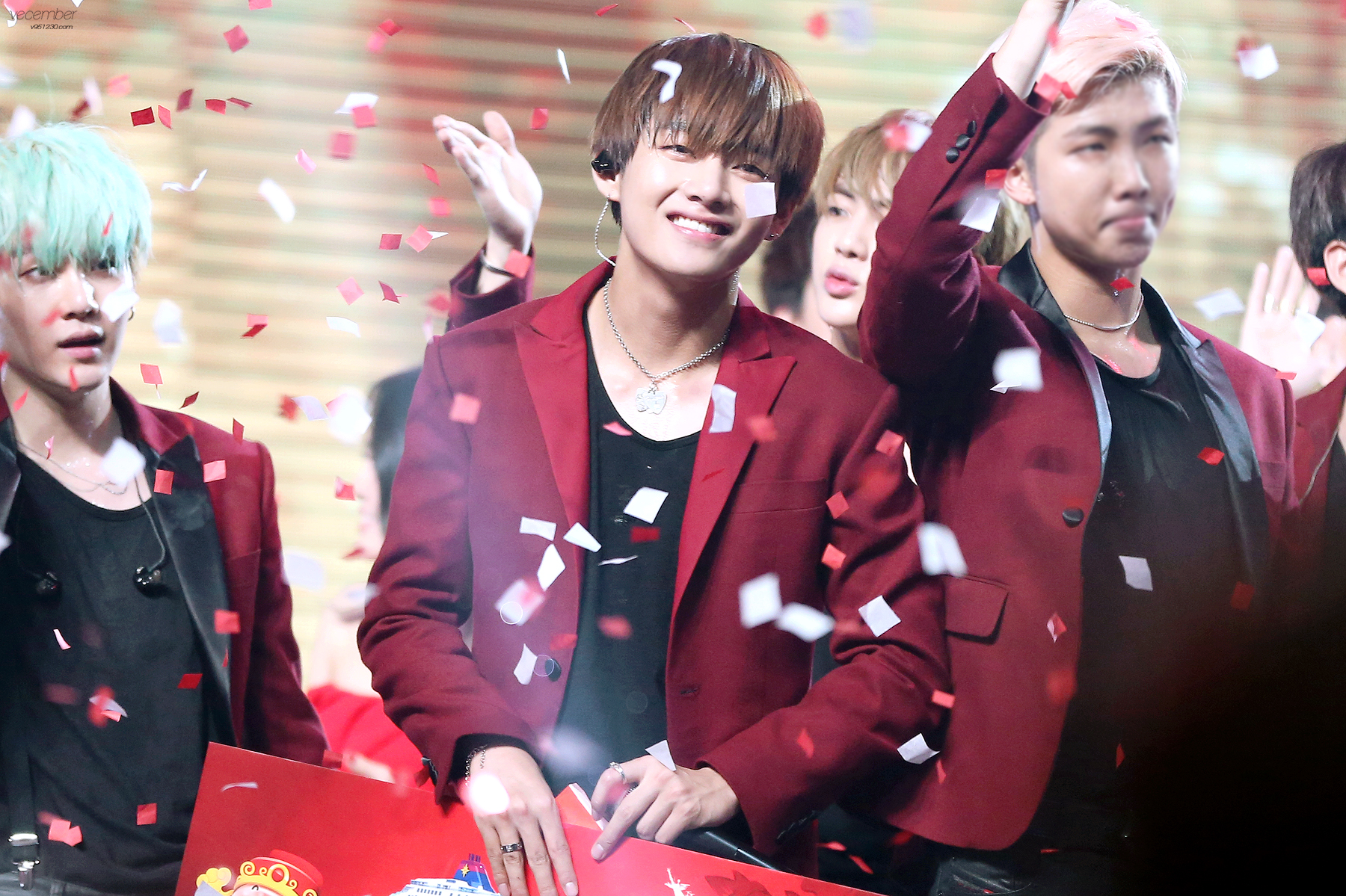 """Continue reading """"[Picture/Fansitesnap] BTS at TTV Red and White in Taipei- Taiwan [160109]"""" →"""