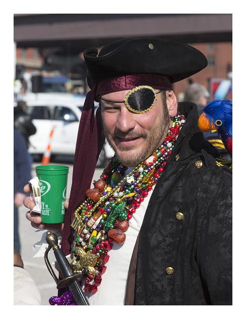STL Mardi Gras Parade 2015-02-06 18