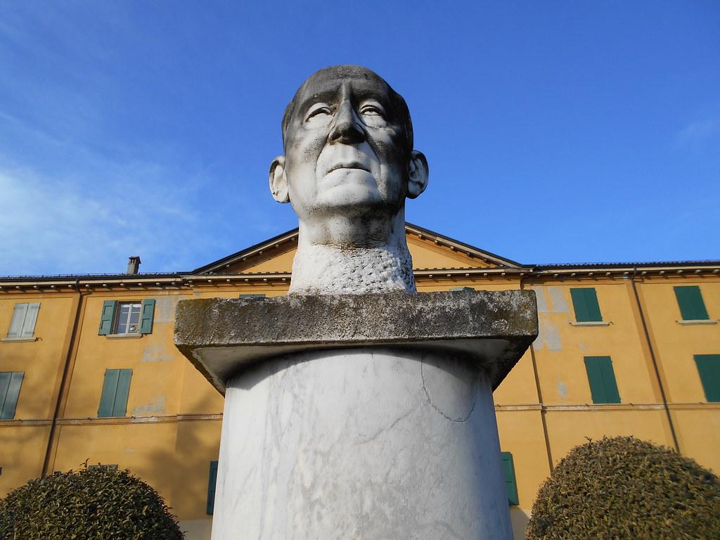 busto, Guglielmo Marconi, Arturo Diazzi, villa Griffone, museo Marconi, Sasso Marconi