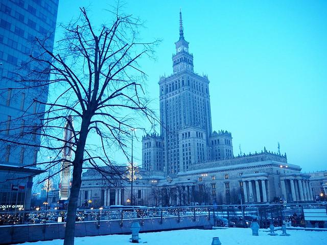 VarsovaP1236169,VarsovaP1236105,VarsovaP1236020,VarsovaP1235962, warsaw, skyscraper, sun, aurinko, winter, talvi, , polska, puola, poland, city, kaupunki, pääkapunki, capital, polish, matka, matkat, travel, travels, travelling, kulttuuri ja tiedepalatsi, palac kulttury i nauki, pilvenpiirtäjät, skyscraper, winter, talvi, valot, lights, lumi, snow, building, akrchitecture, arkkitehtuuri, kulttuuripalatsi, palac kultury,